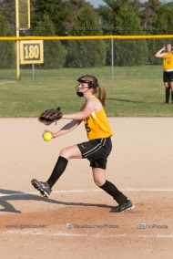 Softball Level 2 Vinton Shellsburg vs Benton Community 2014-6520