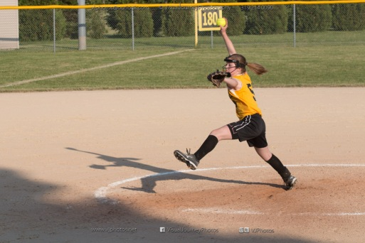 Softball Level 2 Vinton Shellsburg vs Benton Community 2014-6581