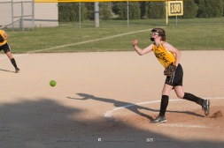 Softball Level 2 Vinton Shellsburg vs Benton Community 2014-6583