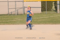 Softball Level 2 Vinton Shellsburg vs Benton Community 2014-6761