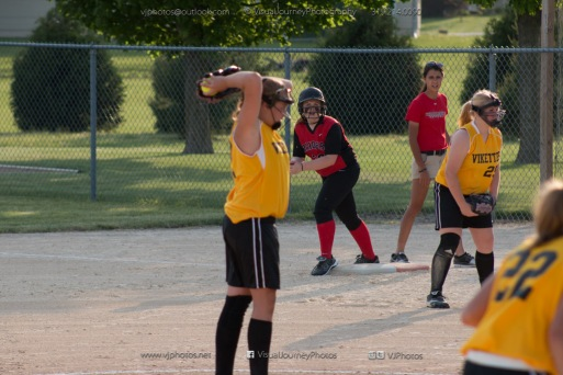 Softball Level 3 Vinton-Shellsburg vs Williamsburg 2014-6114