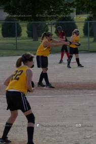Softball Level 3 Vinton-Shellsburg vs Williamsburg 2014-6122