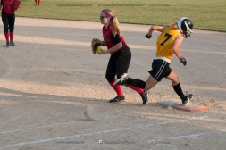 Softball Level 3 Vinton-Shellsburg vs Williamsburg 2014-6160
