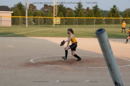 Softball Level 3 Vinton-Shellsburg vs Williamsburg 2014-6179