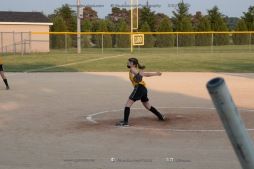 Softball Level 3 Vinton-Shellsburg vs Williamsburg 2014-6181