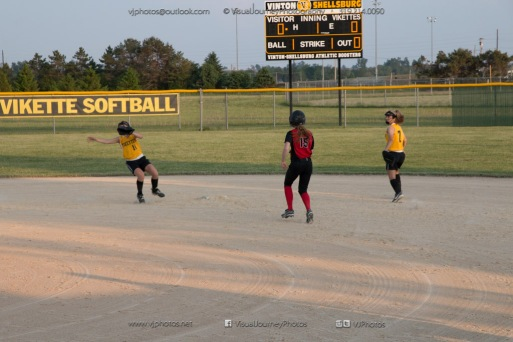 Softball Level 3 Vinton-Shellsburg vs Williamsburg 2014-6187