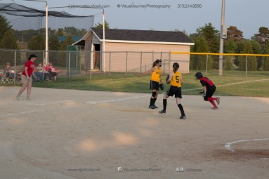 Softball Level 3 Vinton-Shellsburg vs Williamsburg 2014-6207