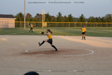 Softball Level 3 Vinton-Shellsburg vs Williamsburg 2014-6251