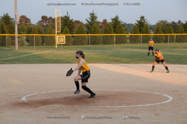 Softball Level 3 Vinton-Shellsburg vs Williamsburg 2014-6274