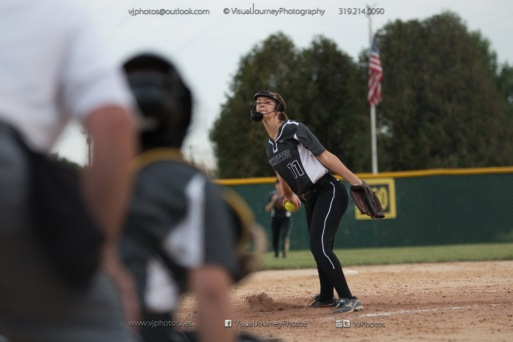 Varsity Vinton-Shellsburg vs Central Clintong 2014-9360