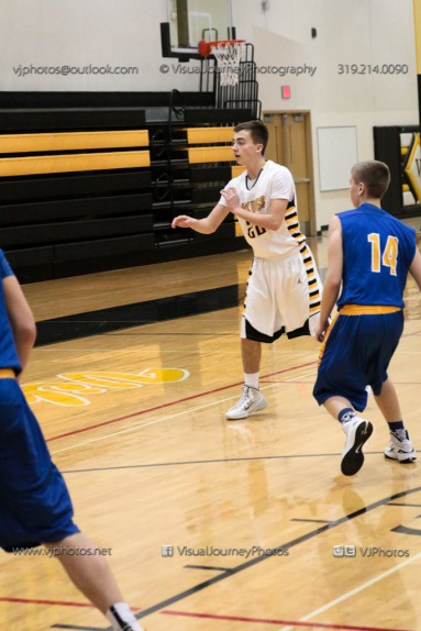 JV Boys Basketball Vinton-Shellsburg vs Benton Community-1089