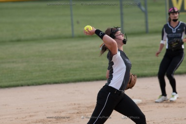 Softball Varsity Vinton-Shellsburg vs Clear Creek Amana 2014-4939