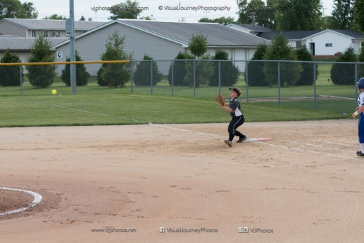 Softball Varsity Vinton-Shellsburg vs Clear Creek Amana 2014-4951