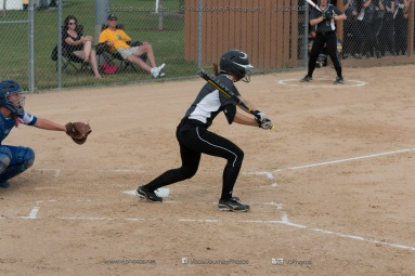 Softball Varsity Vinton-Shellsburg vs Clear Creek Amana 2014-5016
