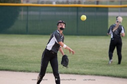 Softball Varsity Vinton-Shellsburg vs Clear Creek Amana 2014-5041