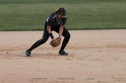 Softball Varsity Vinton-Shellsburg vs Clear Creek Amana 2014-5044