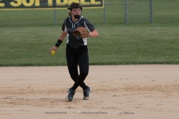 Softball Varsity Vinton-Shellsburg vs Clear Creek Amana 2014-5045