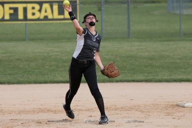 Softball Varsity Vinton-Shellsburg vs Clear Creek Amana 2014-5048