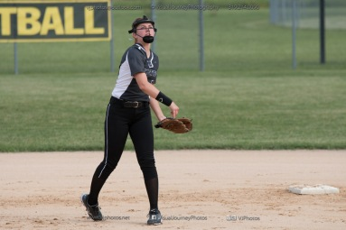 Softball Varsity Vinton-Shellsburg vs Clear Creek Amana 2014-5049
