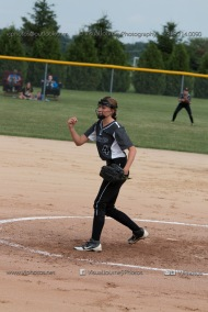 Softball Varsity Vinton-Shellsburg vs Clear Creek Amana 2014-5076