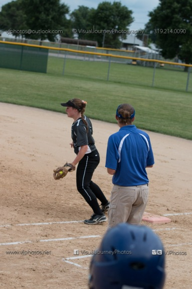 Softball Varsity Vinton-Shellsburg vs Clear Creek Amana 2014-5094