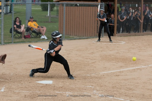 Softball Varsity Vinton-Shellsburg vs Clear Creek Amana 2014-5107