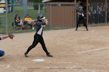 Softball Varsity Vinton-Shellsburg vs Clear Creek Amana 2014-5128