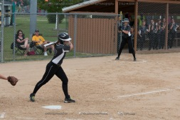 Softball Varsity Vinton-Shellsburg vs Clear Creek Amana 2014-5132