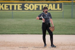 Softball Varsity Vinton-Shellsburg vs Clear Creek Amana 2014-5154