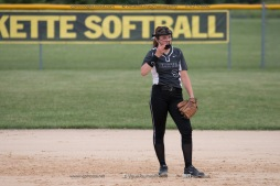 Softball Varsity Vinton-Shellsburg vs Clear Creek Amana 2014-5155