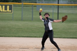 Softball Varsity Vinton-Shellsburg vs Clear Creek Amana 2014-5164