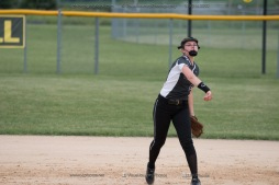 Softball Varsity Vinton-Shellsburg vs Clear Creek Amana 2014-5166