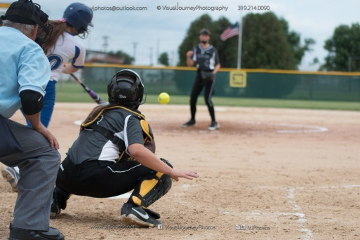 Softball Varsity Vinton-Shellsburg vs Clear Creek Amana 2014-5173