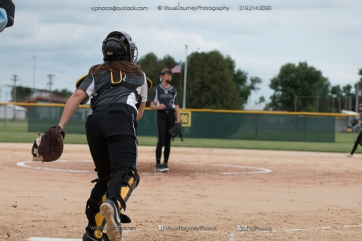 Softball Varsity Vinton-Shellsburg vs Clear Creek Amana 2014-5184