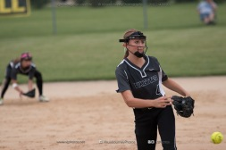 Softball Varsity Vinton-Shellsburg vs Clear Creek Amana 2014-5245