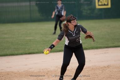 Softball Varsity Vinton-Shellsburg vs Clear Creek Amana 2014-5248