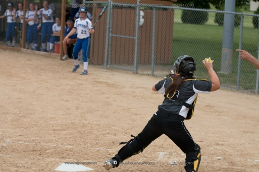 Softball Varsity Vinton-Shellsburg vs Clear Creek Amana 2014-5258