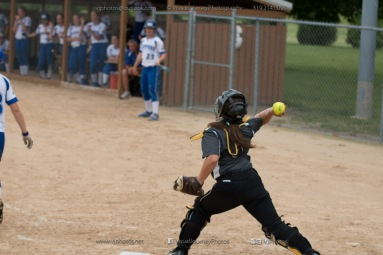 Softball Varsity Vinton-Shellsburg vs Clear Creek Amana 2014-5260