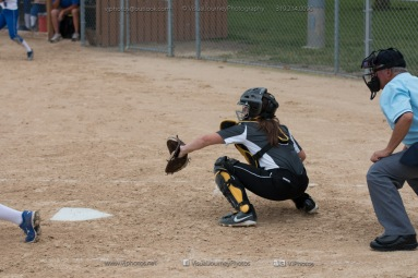 Softball Varsity Vinton-Shellsburg vs Clear Creek Amana 2014-5270