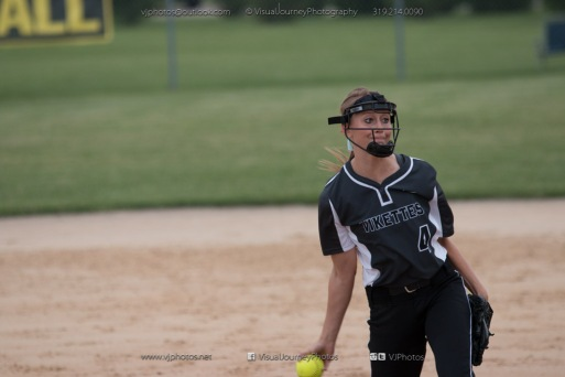 Softball Varsity Vinton-Shellsburg vs Clear Creek Amana 2014-5283