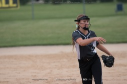 Softball Varsity Vinton-Shellsburg vs Clear Creek Amana 2014-5284