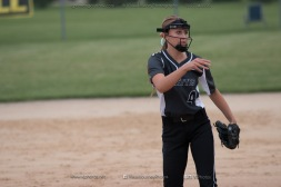 Softball Varsity Vinton-Shellsburg vs Clear Creek Amana 2014-5285