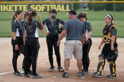 Softball Varsity Vinton-Shellsburg vs Clear Creek Amana 2014-5286
