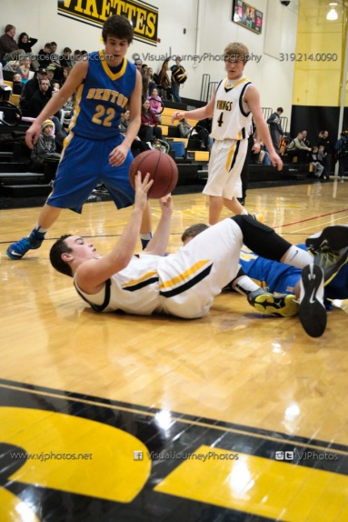 Sophomore Basketball Vinton-Shellsburg vs Benton Community-8918