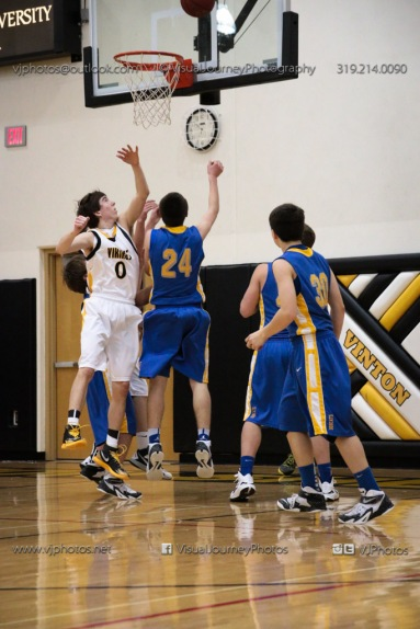 Sophomore Basketball Vinton-Shellsburg vs Benton Community-8957