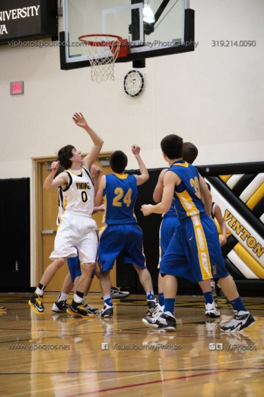 Sophomore Basketball Vinton-Shellsburg vs Benton Community-8958