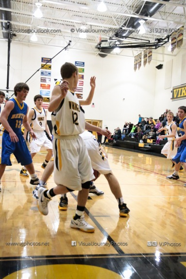 Sophomore Basketball Vinton-Shellsburg vs Benton Community-9048