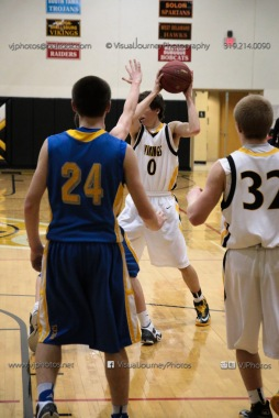 Sophomore Basketball Vinton-Shellsburg vs Benton Community-9112