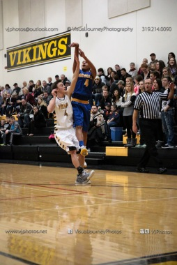 Varsity Basketball Vinton-Shellsburg vs Benton Community-9404