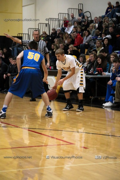 Varsity Basketball Vinton-Shellsburg vs Benton Community-9447